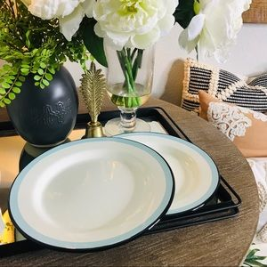 Hearth and hand aluminum dinner plates